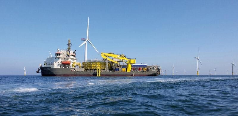 De Ndurance heeft twee van de vier energie-exportkabels aangelegd. (Foto: Boskalis)