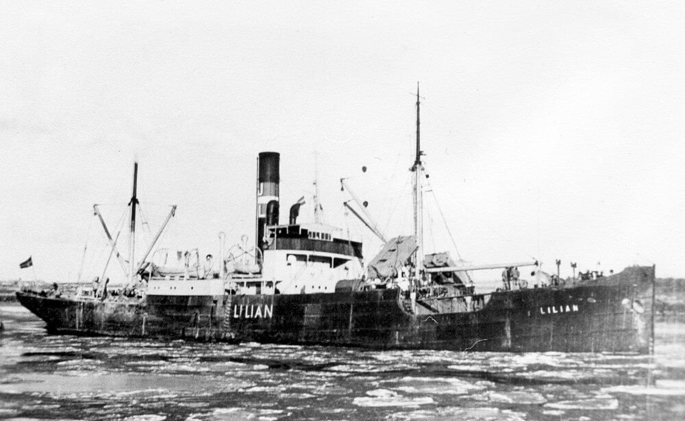 In januari 1947 verdaagt het Deense vrachtschip Lilian op de Noorder Haaksgronden